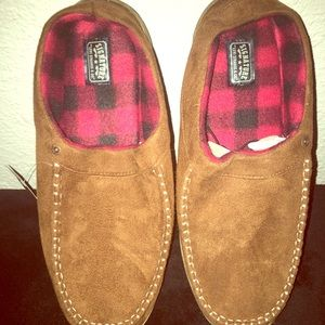 American Eagle Brown Flannel like Slippers Size 13